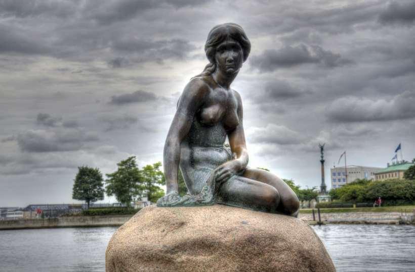 Little-mermaid-Statue